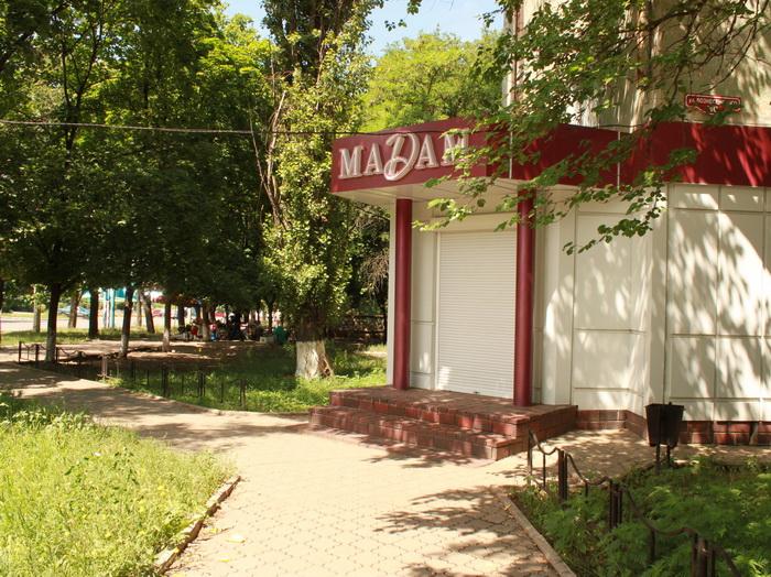 Не открытый магазин. Фото: Ирина Рудская