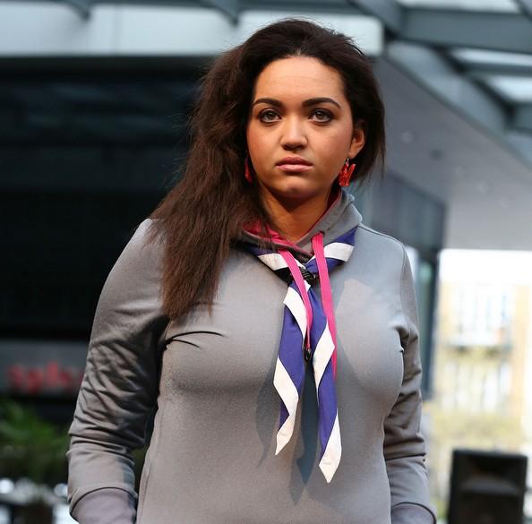 Модные шарфы — изюминка в наряде. Фото: Tim Whitby/Getty Images