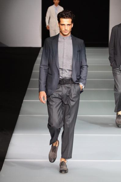 Emporio Armani от Джорджо Армани (Giorgio Armani) на Миланской неделе моды представил свою коллекцию «Легкость». Фото: Vittorio Zunino Celotto/Getty Images