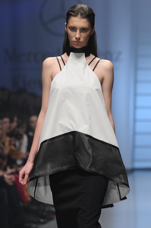 Дизайнер Антон Белінський (Anton Belinskiy) представив колекцію сезону весна-літо 2013 на Mercedes-Benz Kiev Fashion Days. Фото: Володимир Бородін/Велика Епоха