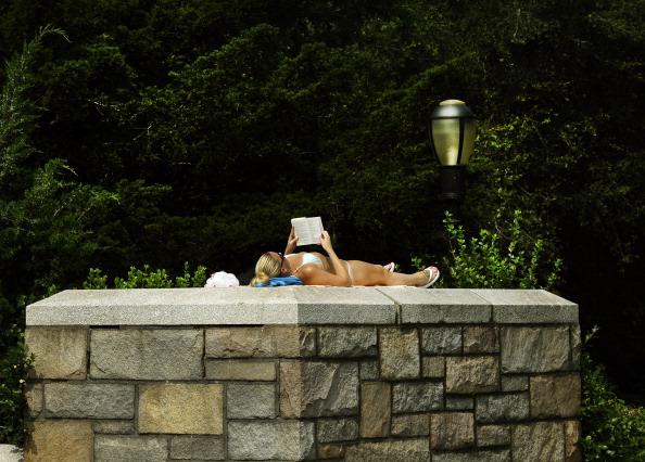 На восточное побережье США пришла сильнейшая жара. Фото: TIMOTHY A. CLARY/AFP/Getty Images