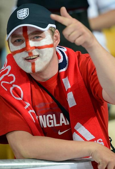 Фан збірної Англії на матчі Швеція проти Англії 15 червня 2012 на Олімпійському стадіон в Києві. Фото: JEFF PACHOUD/AFP/Getty Images