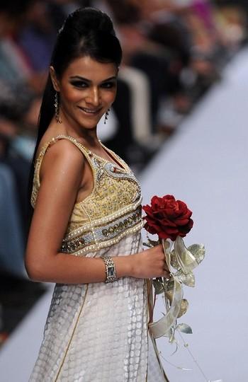 Показ колекції на Тижні моди в Шрі-Ланке. Фото: Getty Images