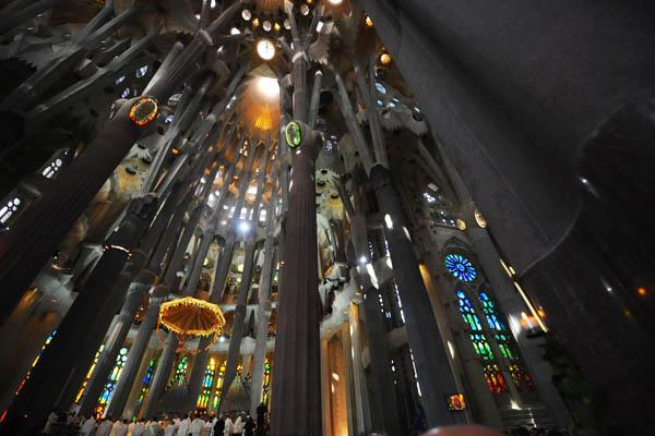 Достопримечательность Барселоны - Саграда Фамилия. Фото: CHRISTOPHE SIMON / AFP / Getty Images