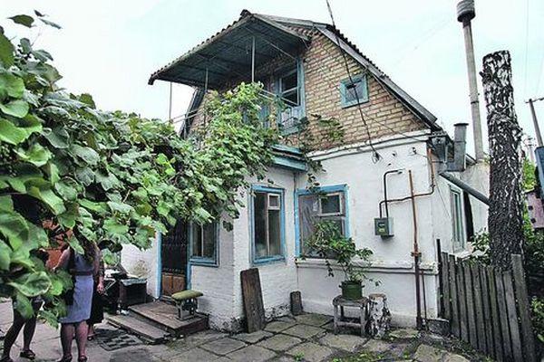 Дом, в котором много лет жил с матерью Сергей Подгорный. Фото: А. Яремчук/segodnya.ua
