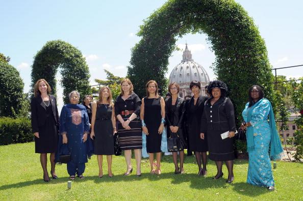 Первые леди на встрече большой восьмерки. Фото: L'Osservatore Romano Vatican Pool via Getty Images