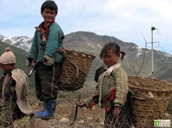 Дети бедных семей. Провинция Сычуань. Фото с epochtimes.com