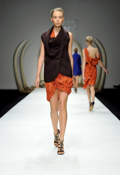 Презентація колекції Kinder Aggugini Весна / Літо 2011 на Тижні моди в Лондоні. Фото Gareth Cattermole/getty Images