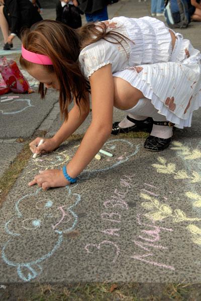В Киеве прошел конкурс детского рисунка на асфальте. Фото: Владимир Бородин/Tht Epoch Times