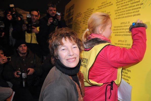 Париж (Франция). Мероприятия, посвящённые Дню прав человека. 10 декабря. 2008 г. Фото: GETTY IMAGES