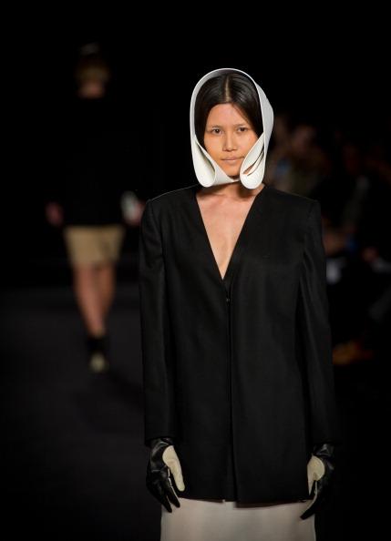 Показ випускників Лондонського коледжу моди і дизайну Фото Ian Gavan / Getty Images