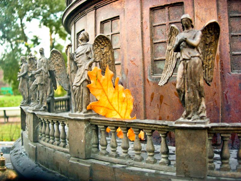 Скульптурна композиція Ісаакіївського собору. Фото: Алла Лавриненко/The Epoch Times Україна