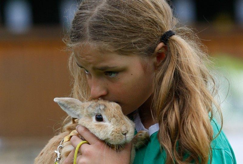 Мелисса Байер и ее кролик — третий раз на соревнованиях. Фото: Ralph Orlowski/Getty Images