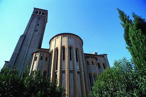 У знаменитій церкви Святого Миколи в Тревізо ви побачите фрески Томмазо да Модена, що датуються 1914 сторіччям. Фото з сайту theepochtimes.com