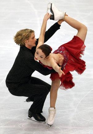 Американська пара Meryl Davis і Charlie White в ході чемпіонату світу з фігурного катання. Фото: Koichi Kamoshida/Getty Images