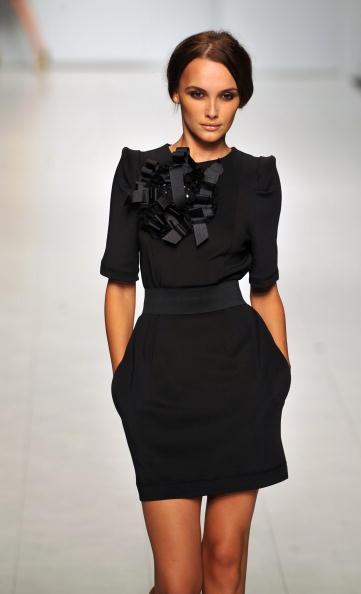 Коллекция от грузинского дизайнера на украинской Неделе моды. Фото: SERGEI SUPINSKY/AFP/Getty Images