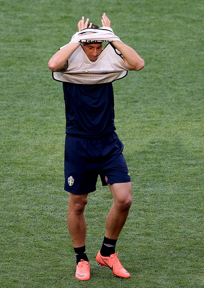 Київ — 14 червня: Златан Ібрагімович зі Швеції під час тренування на Олімпійському стадіоні. Фото: Scott Heavey/Getty Images