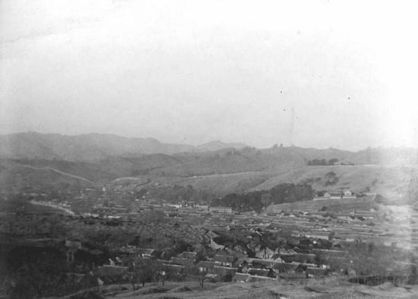 Місто Ченде провінції Хебей. Китай часів династії Цін. Фото: William Purdom