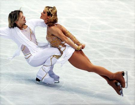 Золоті медалісти, болгарська пара Albena Denkova і Maxim Staviski в ході чемпіонату світу з фігурного катання. Фото: Koichi Kamoshida/Getty Images