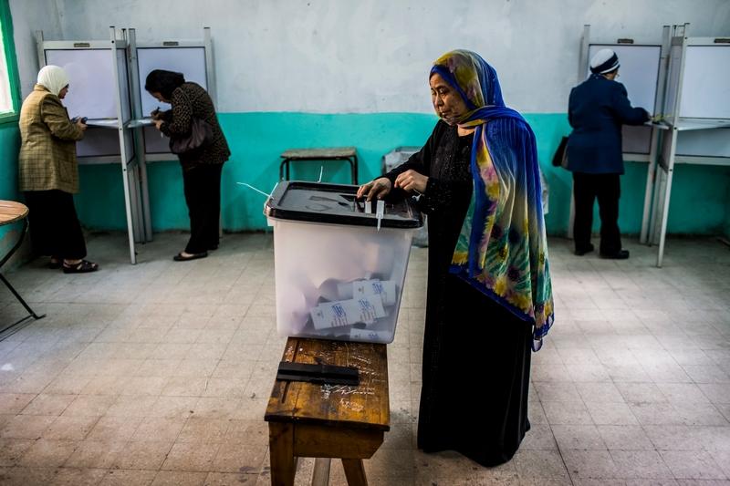Каир, Египет, 15 декабря. Жители страны голосуют во время референдума по проекту новой конституции. Фото: Daniel Berehulak/Getty Images