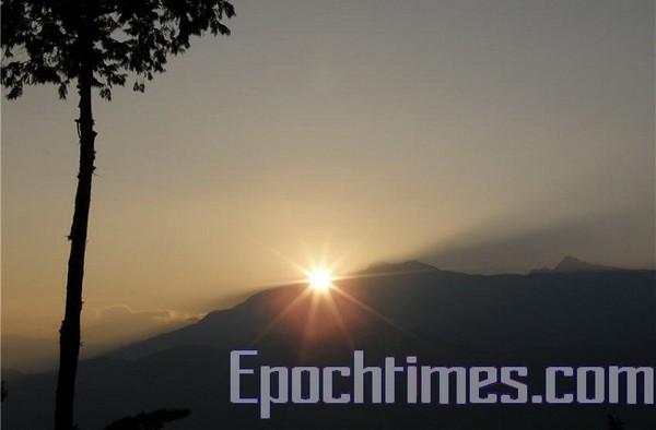 Горы Алишань. Фото: The Epoch Times