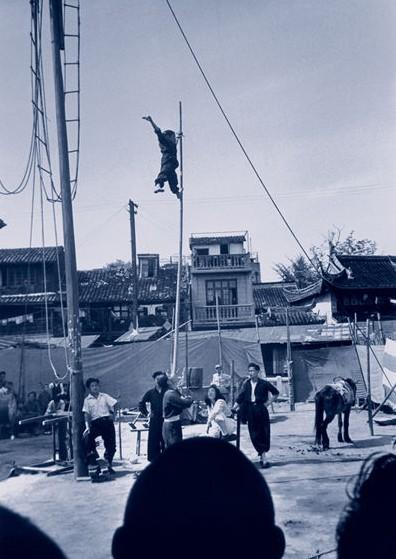 Канатоходец. Шанхай. Май 1948 год. Фото с aboluowang.com