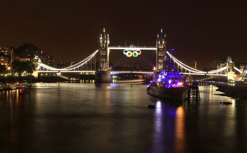 Лондон, Англия, 21 июля. Город расцветила праздничная иллюминация. Фото: Fred Duval/Getty Images