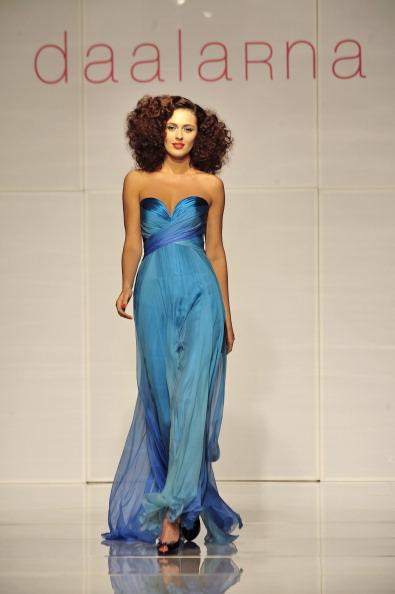 Презентація колекції від Anita Benes на Тижні моди 2010 в Будапешті. Фото ATTILA KISBENEDEK/AFP/Getty Images