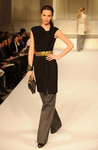 Коллекция одежды Oscar De la Renta осень 2009. Фото: Slaven Vlasic/Getty Images