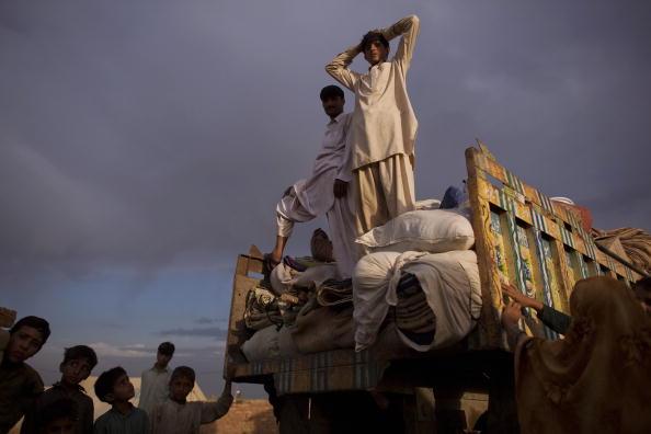 Лагерь беженцев УВКБ ООН Яр Хуссайн, расположенном в района Сваби, в 120 км к северо-западу от столицы Пакистана, Исламабада. 29 июня 2009г. Фото: Daniel Berehulak/Getty Images