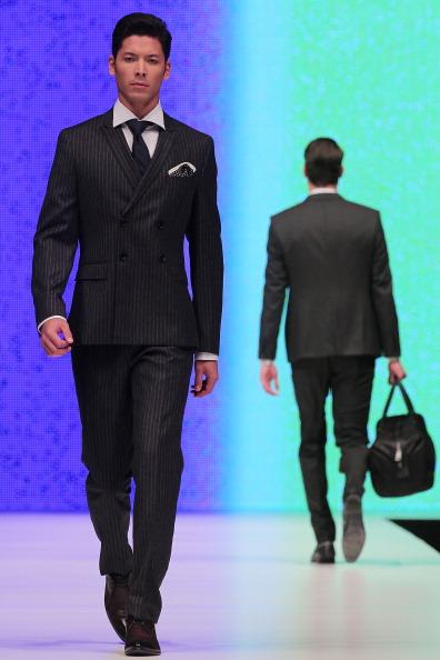 Показ мужской коллекции от Hugo Boss в Сингапуре на Мужской неделе моды. Фото:Chris McGrath/Getty Images