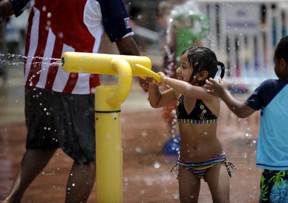 На восточное побережье США пришла сильнейшая жара. Фото: JEWEL SAMAD/AFP/Getty Images