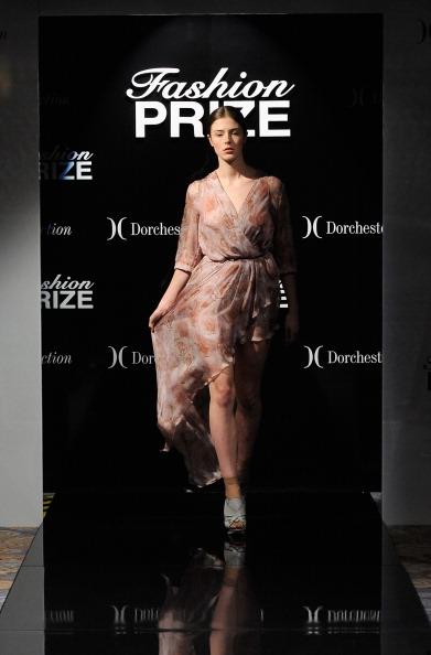 Презентация коллекции Dorchester Collection Fashion Prize Grand Final в Лондоне. Фото Ian Gavan/Getty Images for Dorchester Collection