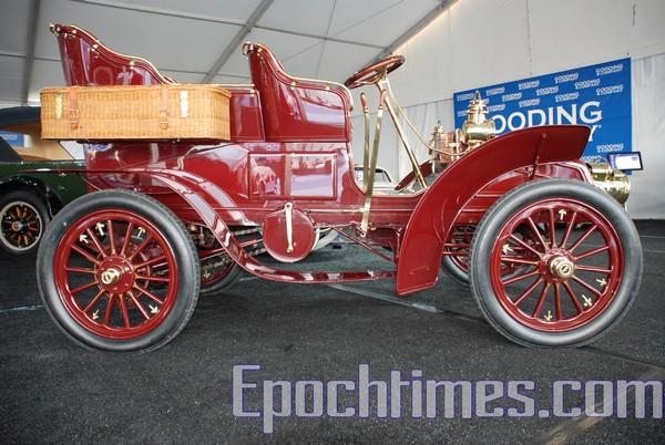 Выставка ретро-автомибилей Pebble Beach в Калифорнии. Фото: The Epoch Times