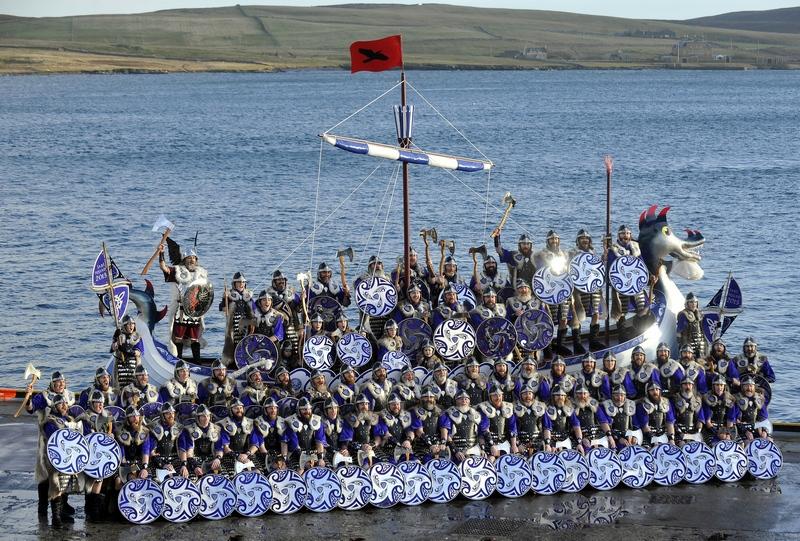 Леруик, Шотландия, 29 января. Традиционный фестиваль викингов «Апхелио» прошёл на Шетландских островах. Фото: Andy Buchanan/AFP/Getty Images