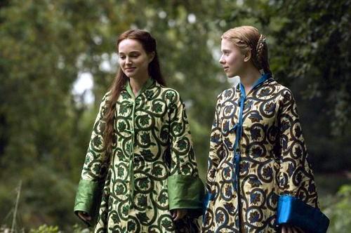 Кадр из фильма Еще одна из рода Болейн. Фото: kinokadr.ru