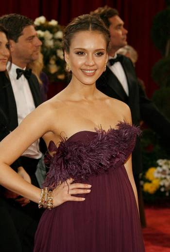 Актриса Джессика Альба (Jessica Alba) посетила церемонию вручения Премии Оскар в Голливуде Фото: Vince Bucci/Getty Images
