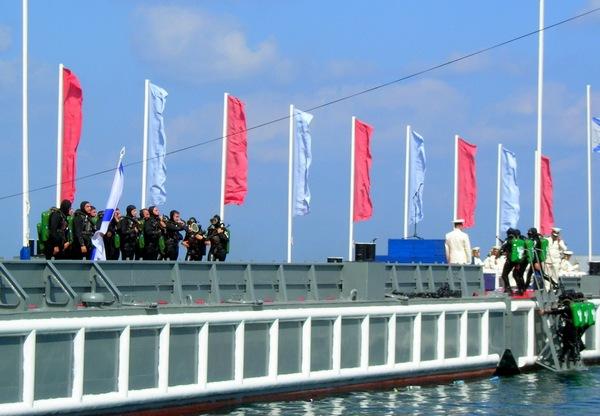 Показ возможностей подводного десанта. Фото: Алла Лавриненко/The Epoch Times Украина