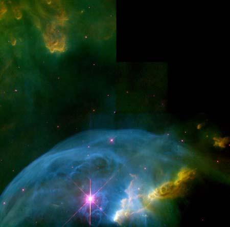 13 января 2000 г. Туманность Пузырь NGC 7635. Звезда, в 40 раз превышающая Солнце по величине, испускает в космос колоссальные пузыри. Фото: NASA, Donald Walter (South Carolina State University), Paul Scowen and Brian Moore (Arizona State University)