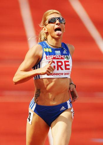 Мюнхен. Германия. Fani Halkia из Греции во время забега на 400 метров на Кубке Европы-2007 по лёгкой атлетике.   Фото: Ian Walton/Getty Images