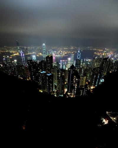 Ночной Гонконг. 18 ноября 2009 год. Фото: Stuart Franklin/Getty Images