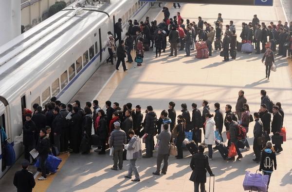 Новорічна міграція в Китайській Народній Республіці. Місто Хефей провінції Аньхой. 9 січня 2011 р. Фото: CHINA OUT AFP PHOTO