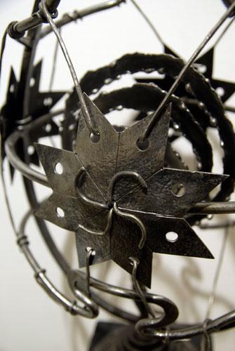 Металическое изделие на выставке Ковальське сузіря. Фото: Великая Эпоха