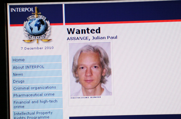 Джуліан Ассанж у розшуку на сайті Інтерпол. Фото: /AFP/Getty Images
