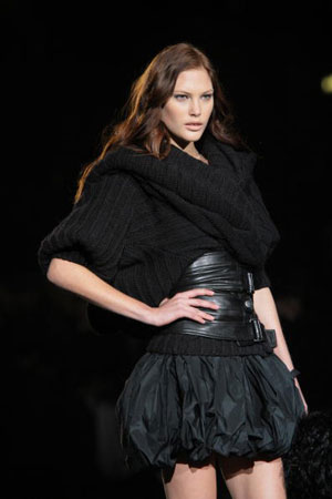 The Just Cavalli fashion show/женская коллекция ready-to-wear осень-зима 2007. Фото: Giuseppe Cacace/Getty Images