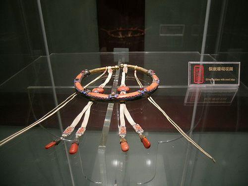 Ожерелье из кораллов. Фото с secretchina.com