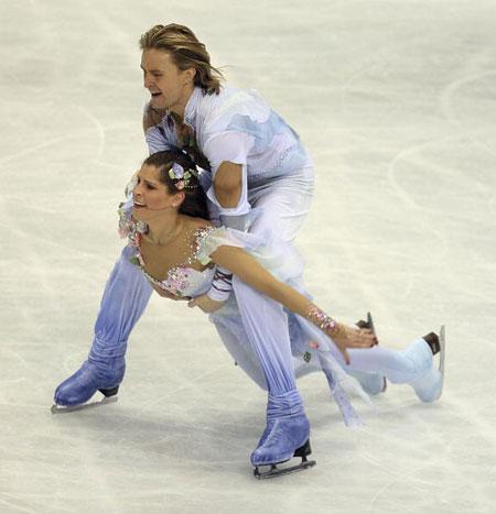Американська пара Melissa Gregory і Denis Petukhov в ході чемпіонату світу з фігурного катання. Фото: Koichi Kamoshida/Getty Images