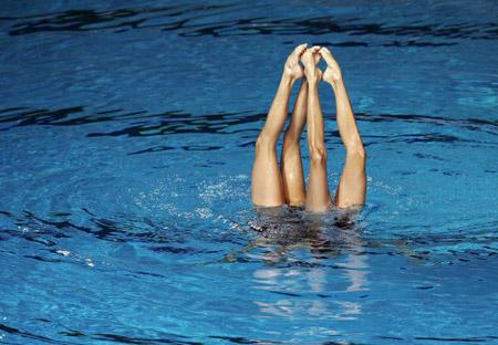 Китайські плавці під час технічної програми в синхронному плаванні. Фото: Robert Cianflone/Getty Images