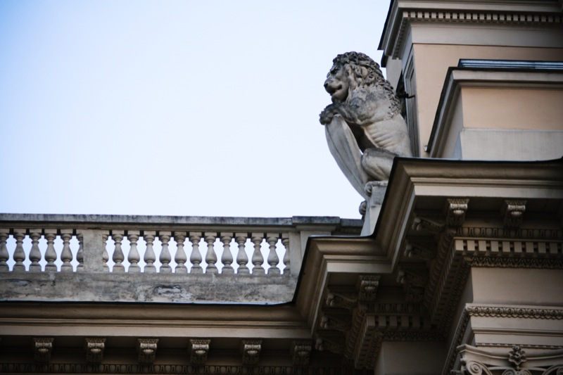 Історичний центр Львова, культурної столиці України, приваблює туристів з різних куточків світу. Фото: Велика Епоха