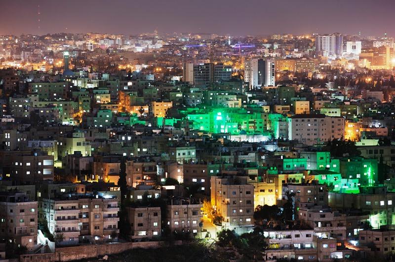 Столиця Йорданії, Амман. Місто вночі. Фото: Adam Pretty/Getty Images
